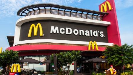 WSJ: McDonald`s активизирует продажу ресторанов франшизам
