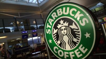 Чистая прибыль Starbucks снизилась на 4%