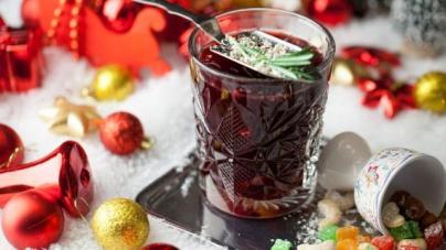 Эксперты порекомендовали напитки к новогоднему столу