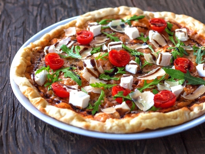 Піца Песто і томато