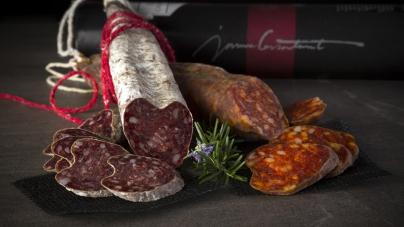 Изысканная сырно-мясная коллекция на АЗК «ОККО» в Киеве