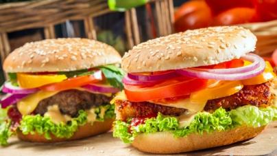 Американцы стали покупать больше полезных блюд в фаст-фудах