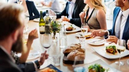 Почти все проверенные столичные рестораны не соблюдают санитарные нормы – СМИ