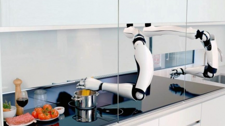 Владелец «Р-Фарма» Репик разрабатывает робота-повара