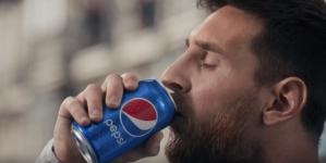 Cвіт у блакитних фарбах: бренд Pepsi насолоджується та вболіває – і втілює це у глобальній футбольній кампанії 2018 року