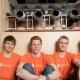 Американские студенты открыли ресторан с роботизированным персоналом