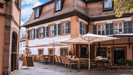 Малі ресторани також облаштовуватимуть місця для розвантаження