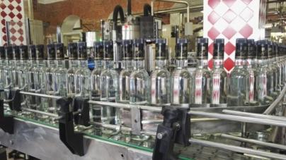 Половина украинского алкоголя находится «в тени»