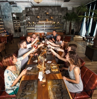 Відкриття осені: пивний ресторан Craft&Kumpel' на площі Ринок у Львові